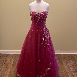 May Queen Formal Dress Size 4
